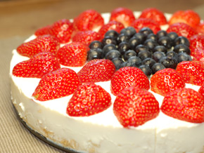 No Bake Pineapple & Berry Cheese Cake